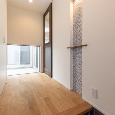 新築事例24-H邸~ストリップ階段で開放感あふれる家~