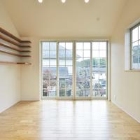 新築事例3-K邸~勾配天井を活かしたかわいい家~のサムネイル