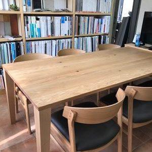 オフィスの打合せスペースの家具が新しくなりました